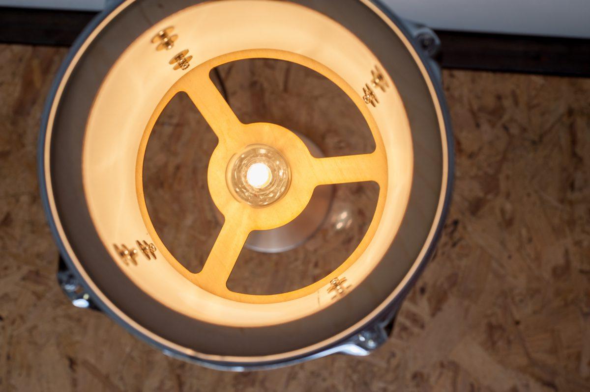 tom tafel lamp closeup bovenkant