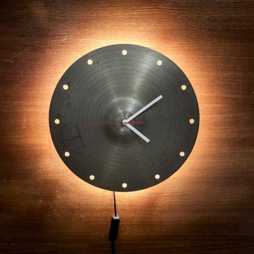 bekken klok met licht