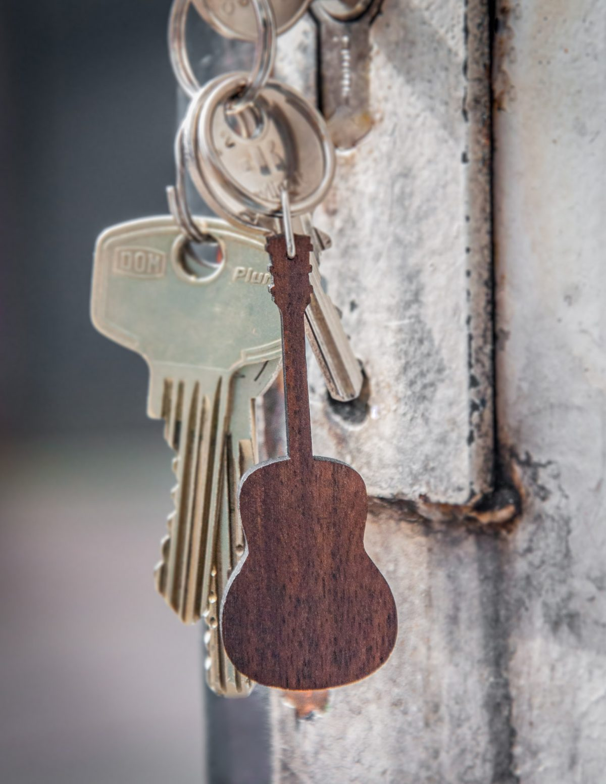 keychain-guitar